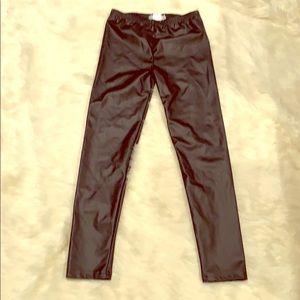 Juniors faux black leggings
